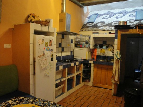 Casa Caracol: the communal kitchen