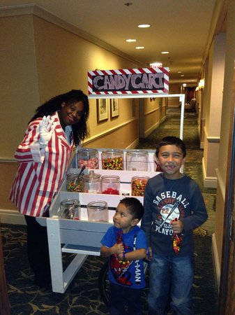 The Ritz-Carlton, Chicago : Candy Lady