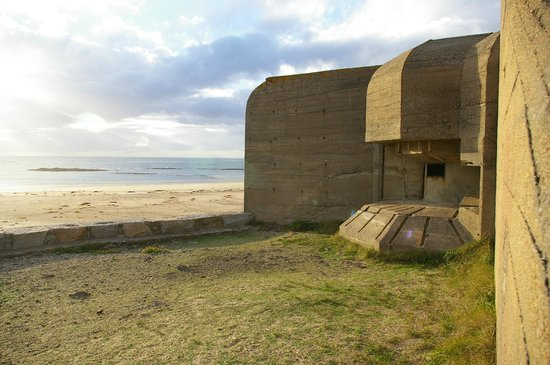 The Channel Islands Military Museum: Outside of the Bunker