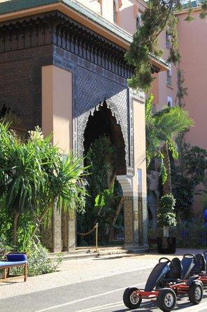 Sofitel Marrakech Lounge and Spa: Enterance