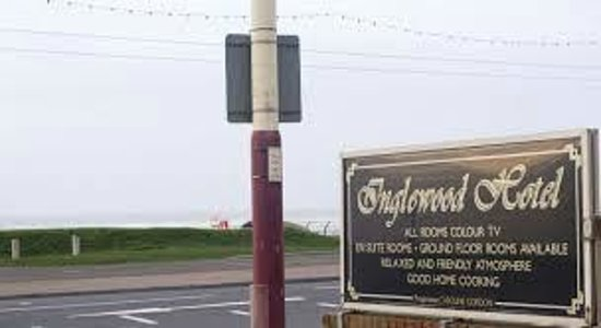 Inglewood Seafront Hotel: Looking for a sign? We're here...