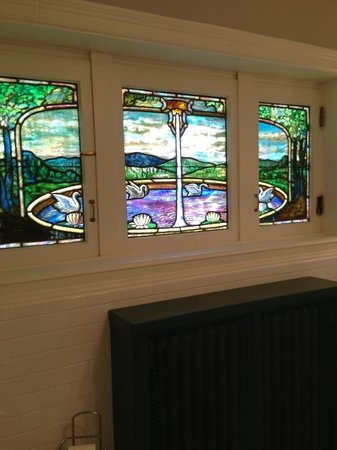 Thistledown at Seger House: Stained glass in Master's bath~