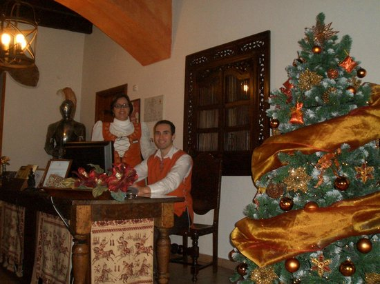 Hotel Real D'Obidos : персонал на ресепшине