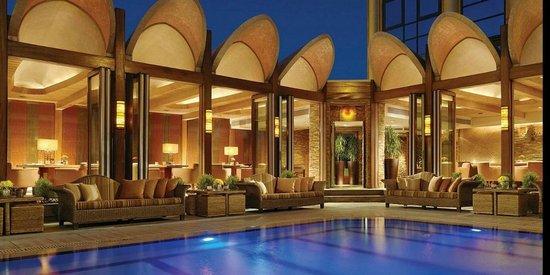 Four Seasons Hotel Cairo at Nile Plaza: Pool