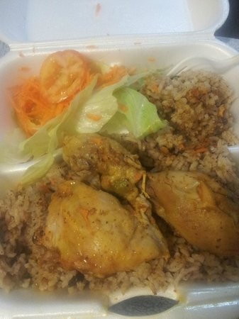 Meldy's: stew chicken