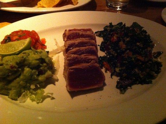Chelsea's Kitchen: Amazing tuna tacos with kale salad