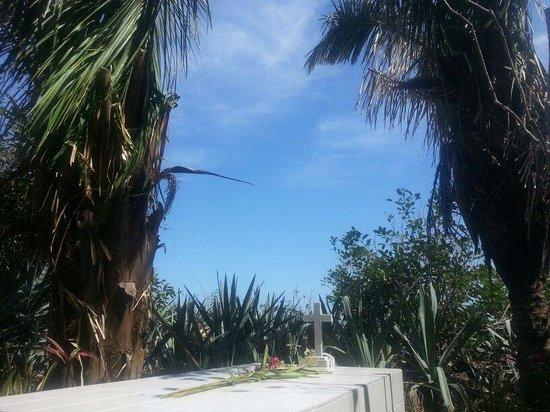 Isla de Cabuya : Cementerio cabuya