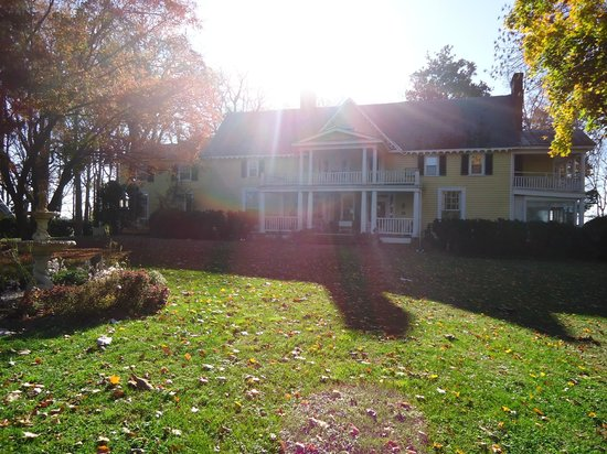 Prospect Hill Plantation Inn : The main house