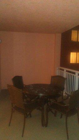 Hyatt Regency Clearwater Beach Resort & Spa : Balcony, really nice size!