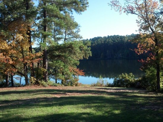 Daingerfield State Park: Early autumn afternoon