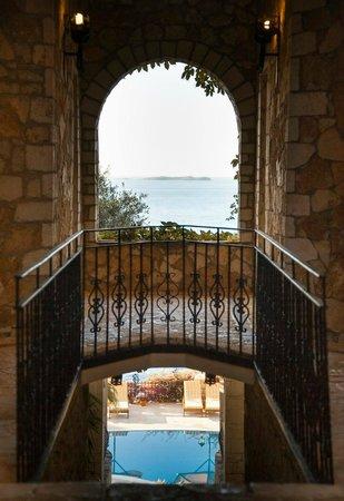 Villa Hotel Tamara: Amazing Architecture