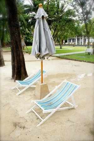 The Mangrove Panwa Phuket Resort : Beach Area