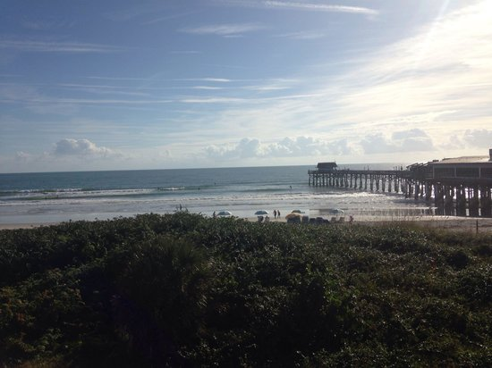 La Quinta Inn & Suites Cocoa Beach Oceanfront: View from room 306