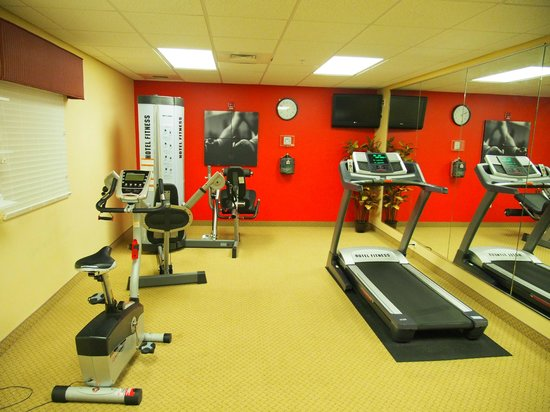 Country Inn & Suites By Carlson, Dothan : Fitness room