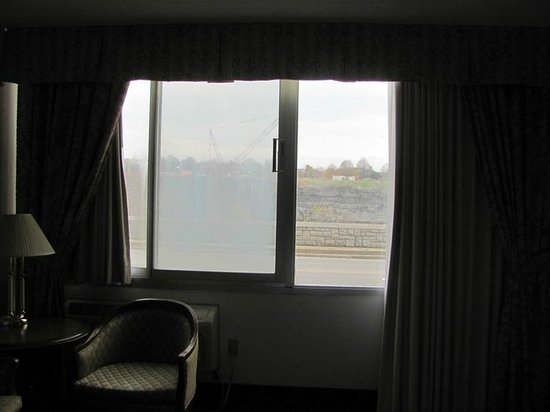 Travelodge Hotel Niagara Falls Fallsview: Room window