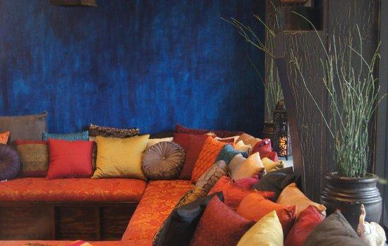 LXV Wine: LXV Lounge