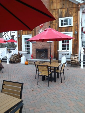 The Farm Table: Outdoor seating and fireplaces