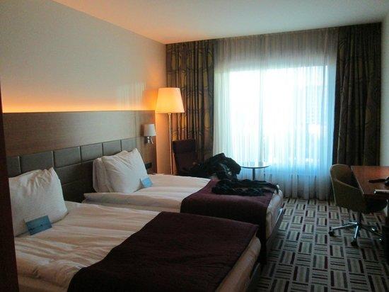 Movenpick Hotel Ankara: Standard room.