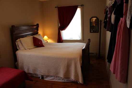 New Providence, PA: Bedroom