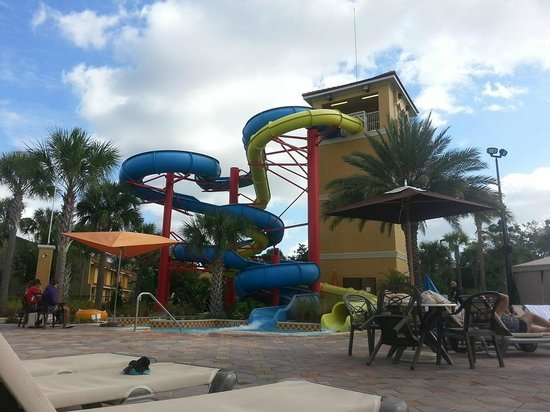 Fantasy World Club Villas: 5 story slides