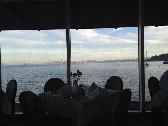 The Spinnaker : Wonderful view of the San Francisco Bay and skyline