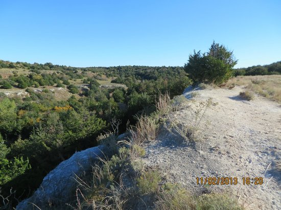 Roman Nose Lodge: On the trail