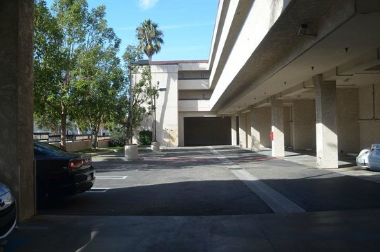 Howard Johnson Torrance: More Parking Bays, with view of 1st and 2nd floor