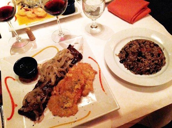 Cabana Restaurant: Mar y Tierra