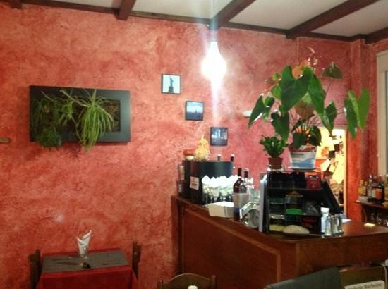Hotel Restaurant du Chemin Neuf : ambiance Zen provencal