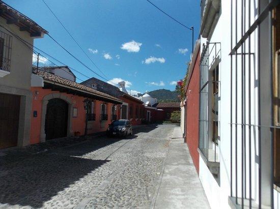 La Villa Serena: La calle  del Espiritu Santo