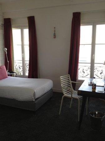 Hôtel Joyce - Astotel : Nice bright room