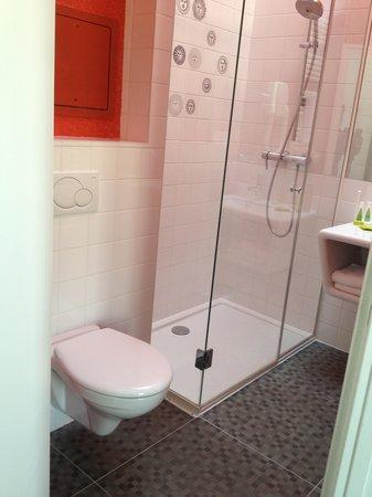 Hôtel Joyce - Astotel : Bathroom
