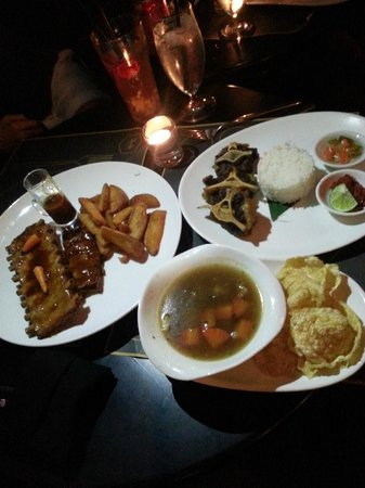 Charlie: Pork Ribs, Oxtail Soup with Fried Oxtail and Steamed Rice