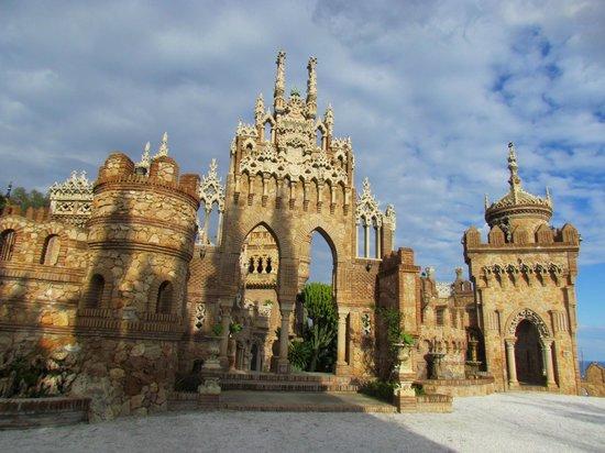 Castillo de Colomares: El Castillo Monumento de Colomares