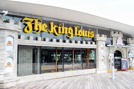 Knight's Corner Pub & Grill
