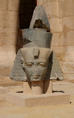Ramesseum (Mortuary Temple of Ramses II): Head of Memnon
