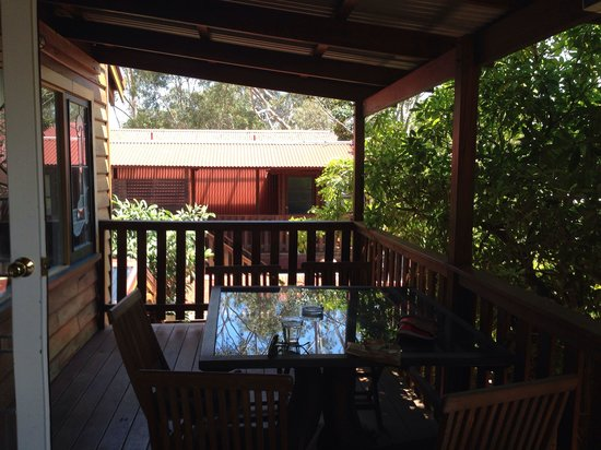 Admiral Stirling Inn : View from the upstairs porch