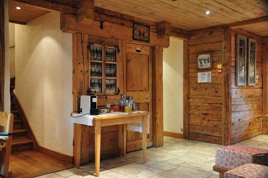 Les Fermes de Pierre & Anna: Breakfast and reception room