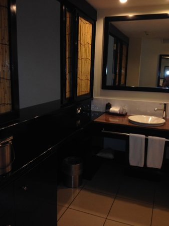 Sofitel Fiji Resort & Spa: Bathroom