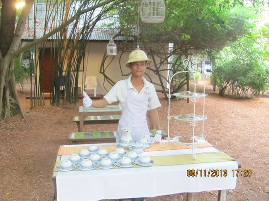 Milky Bay Resort: High tea