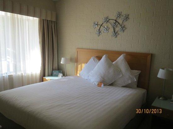 Comfort Inn & Suites Blazing Stump: Bed