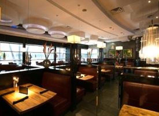 Moxie 39 s grill bar richmond hill 159 york blvd restaurant reviews phone number photos - Restaurant bar and grill ...