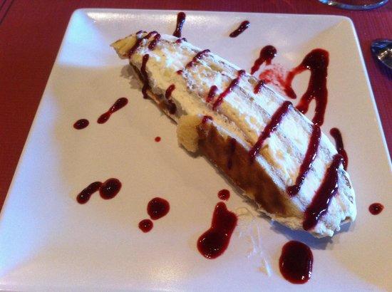 SAPORE Restaurante & Lounge Bar : Exquisito brazo de nata con frutos del bosque