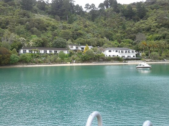 Te Mahia Bay Resort : A view from pier