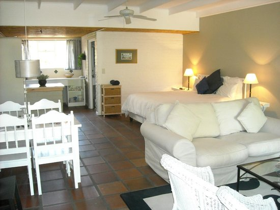 Albourne Boutique Guest House : Internal Chalet 18