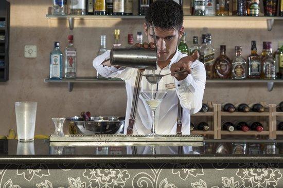 Civitel Olympic Hotel: Bar