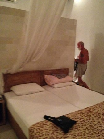 Villa Disana & Spa: Our bedroom (quite roomy with toilet/bathroom and two wardrobes behind the wall)