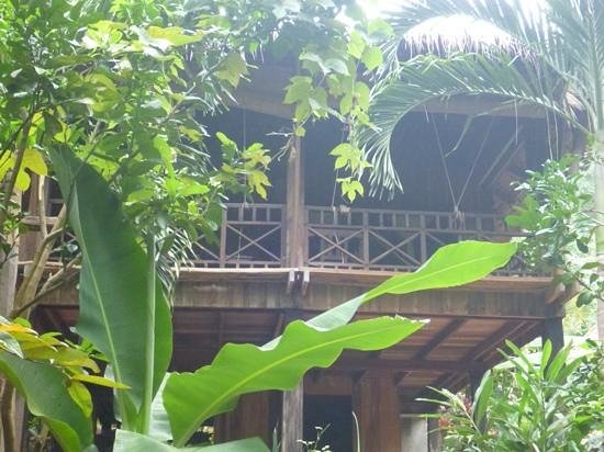 Le Bout du Monde - Khmer Lodge: yes this is where we are actually staying, wow!