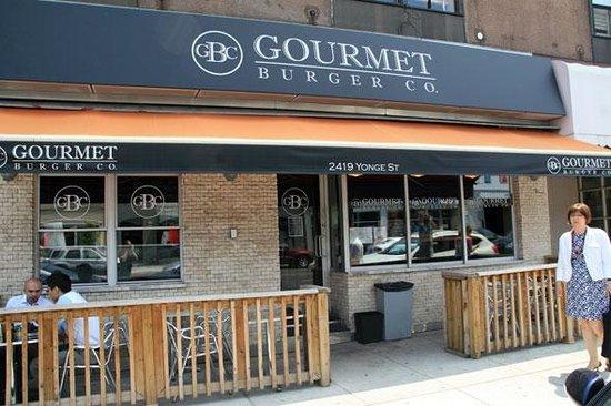Gourmet Burger Co - Yonge and Eglinton