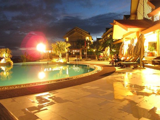 Alta Vista de Boracay: Pool view from the lobby